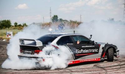 A drift show will entertain spectators on Friday night